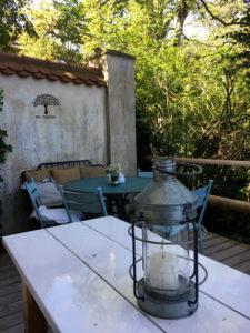Sitzecke im Schlosscafe Amerang